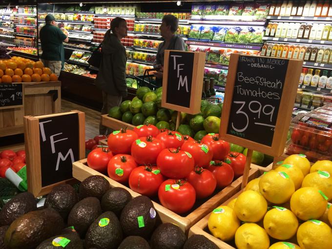 2015-10-28-The-Fresh-Market-05