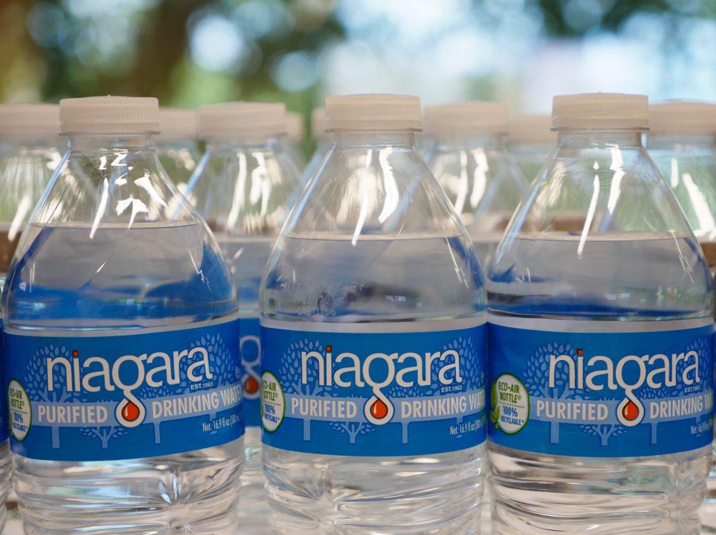 Niagara-Bottles-2